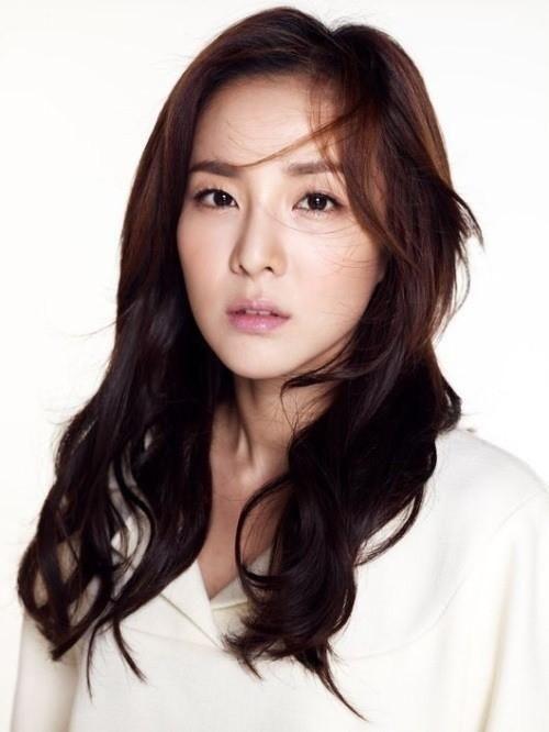 2NE1's Dara Cast As The Female Lead Of A Korean Movie About Music - http://imkpop.com/2ne1s-dara-cast-as-the-female-lead-of-a-korean-movie-about-music/