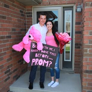 Flowers and teddy bears never seem to fail either.   22 Seriously Adorable Prom Proposals Impossible To Say No To