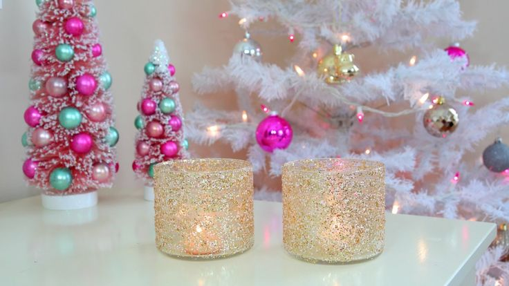 DIY Christmas/Winter Room Decor - Frosty Glitter Jars. Easiest craft ever and not much of a glitter nightmare since it's mixed w/Modge Podge first.