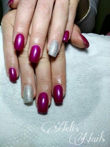 Square nails. Amazing colour