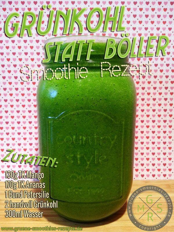 Grüner Smoothie mit Grünkohl, Petersilie, Mango und Ananas