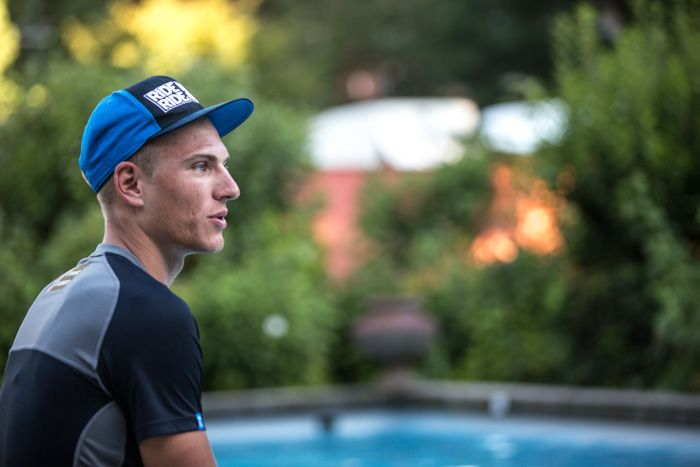 #InsideOut - Behind the scenes at Le Tour de France with Wouter Roosenboom » Team Giant-Shimano-Down time for Marcel by the pool