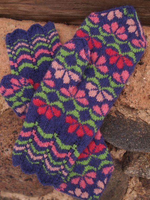 Hand Knitted Seto Estonian Mittens -- Etsy