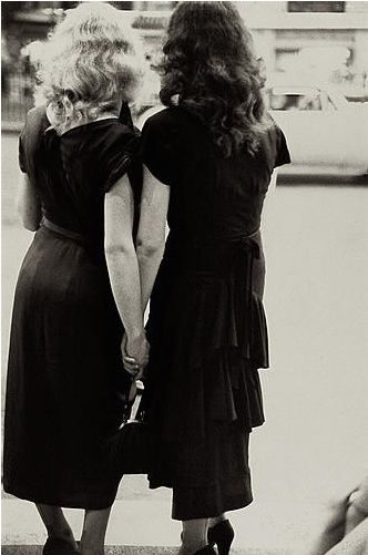 Vintage Lesbian Photography - Saul Leiter, 1950, New York #VelvetSeduction @VSToysAndTreats Toys and Treats for Women Who Love Women