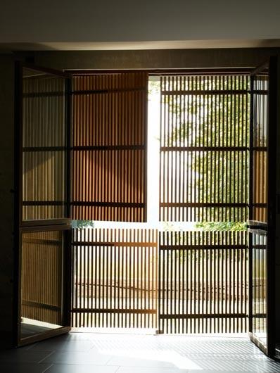 frameless shutters. FRENCH BASQUE GUESTHOUSE photos Gabriel Jean-Pierre