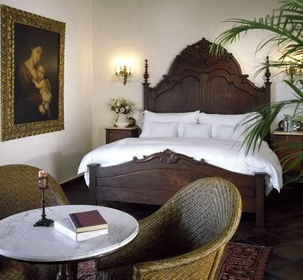 Puerto Vallarta Bed and Breakfast | Hacienda San Angel