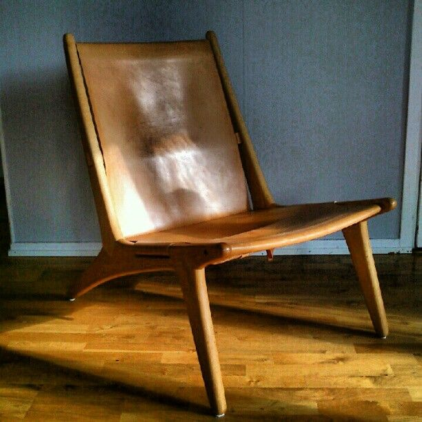 "29 Likes, 7 Comments - Fredrik (@revolution68) on Instagram: ""#östenKristiansson #jaktstol204 #Swedish #loungechair #femtiotal #stol #retro #skin #trä #fifties…"""