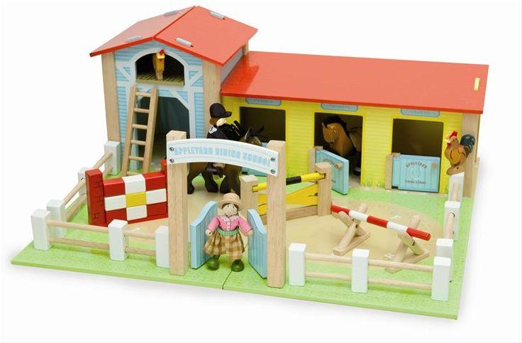 Le Toy Van Wooden Appleyard Riding School