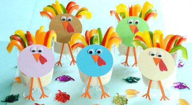 Impress your Thanksgiving guests with adorable turkey-themed veggie cups [What fun! Thx from Mrs. A at http://123kindergarten.com]