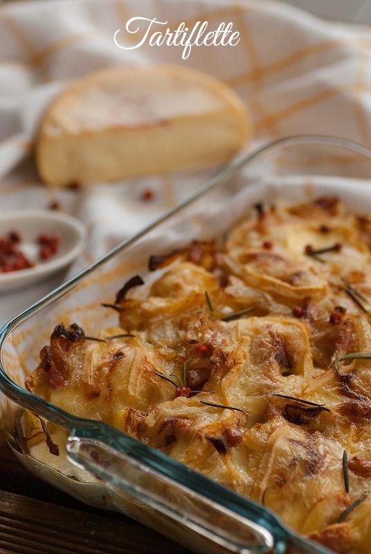 Tartiflette {Pastel de patatas, cebolla y bacon}