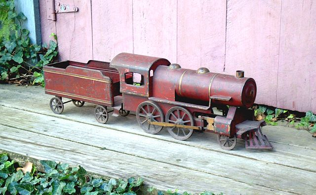 Old Toy Trains : Images about tin toys on pinterest toy trains