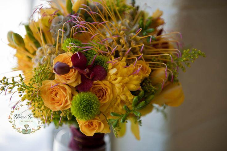 Hindu Wedding Invitations Toronto: 25+ Best Ideas About Indian Wedding Flowers On Pinterest