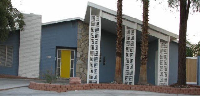 Exterior Color Schemes for Mid-Century Modern House