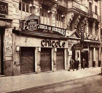 BAR DE PERICO CHICOTE EN LA GRAN VIA - 1956