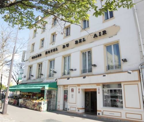 Grand H�tel du Bel Air Paris Located in the 12th district of Paris, just a 3-minute walk from the Place de la Nation, Grand H?tel du Bel Air offers a 24-hour reception. AccorHotels Arena is just 15-minutes away by public transportation.