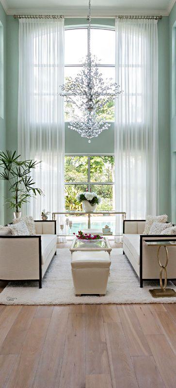 Light Bright Open Living Room -  charisma design
