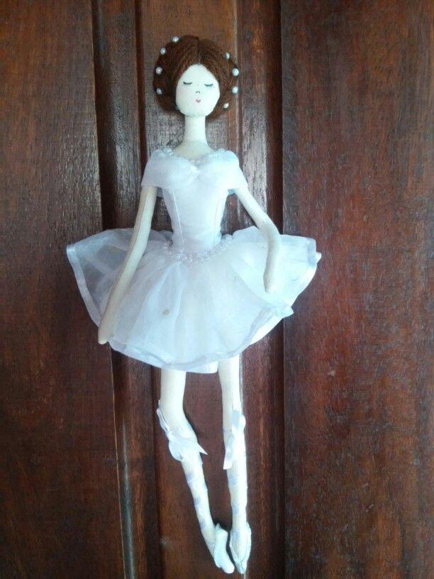 Bailarina para pendurar.
