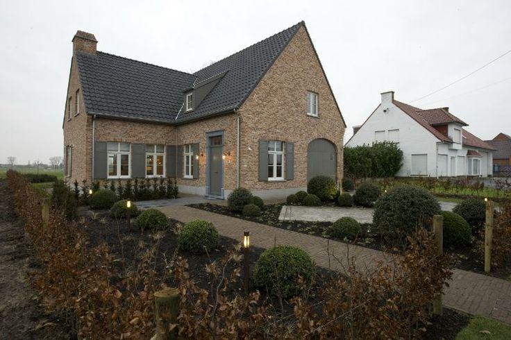 Huis te koop in torhout 223m 700 000 logic immo for Huis met paardenstallen te koop