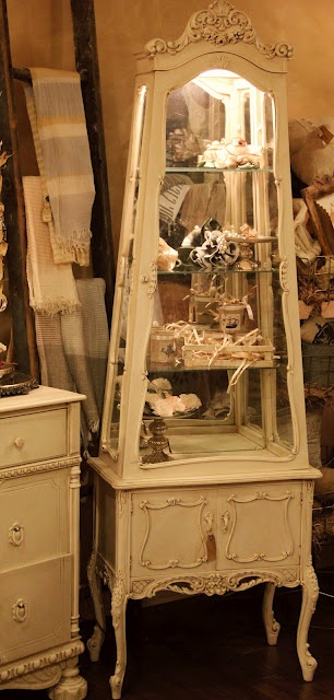 Love this curious display cabinet