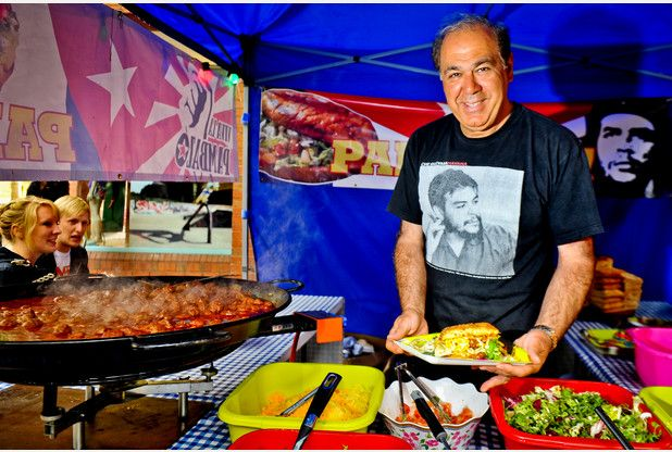 A well-known Devon restaurateur has brought a new street food venture to Exeter as he aims to bounce back from the pain of losing his long-established business.  http://www.exeterexpressandecho.co.uk/Chef-Edmond-Davari-bounces-loss-restaurant-empire/story-21303233-detail/story.html#RPmAI3pFVBhsEUud.99