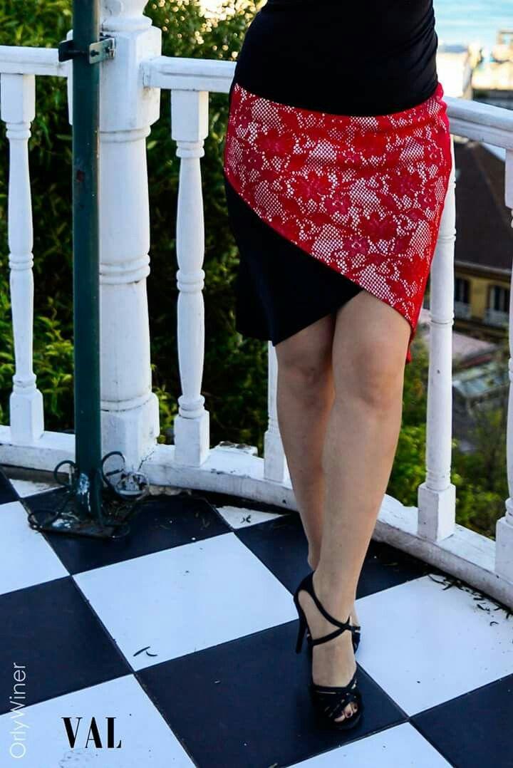 VAL Tulipán tango skirt from Valparaíso, Chile