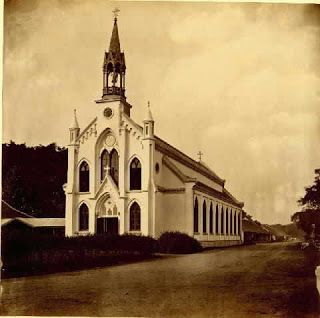 It's certainly not easy to find neo-gothic style architecture in Jakarta, but one building constructed in this style is the Jakarta Cathedral, originally built as the Catholic Church in 1828 but later upgraded to a cathedral in 1901.Here's a pic of the original church: