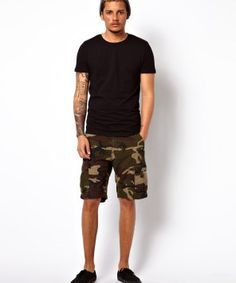 What to Wear with Camo Shorts – Camo Shorts Outfits for Guys