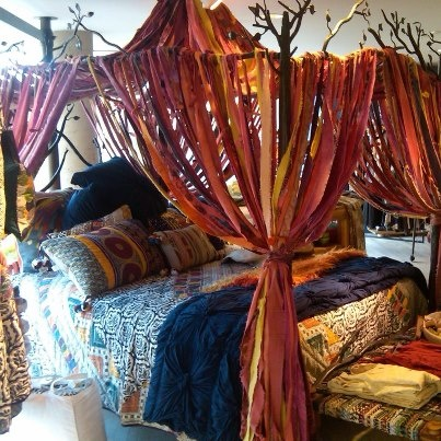 Gypsy: #Bohemian canopy bed.