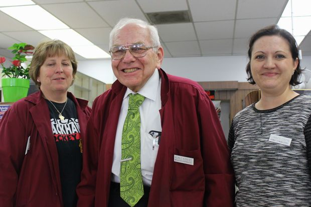 Owner Alvin Klein is 81 years old and ready to retire. He'll fill his last prescription Friday.