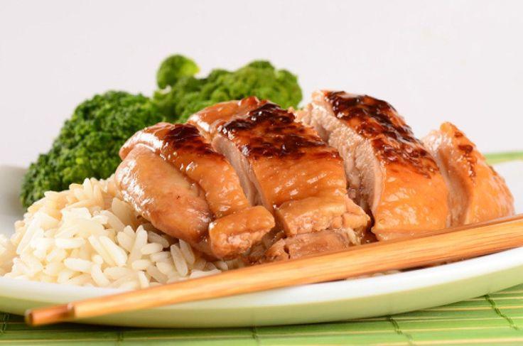 Куриное филе запеченное с медом и соевым соусом 172 ккал - очень вкусно получается. и так классно - противень не пачкается!