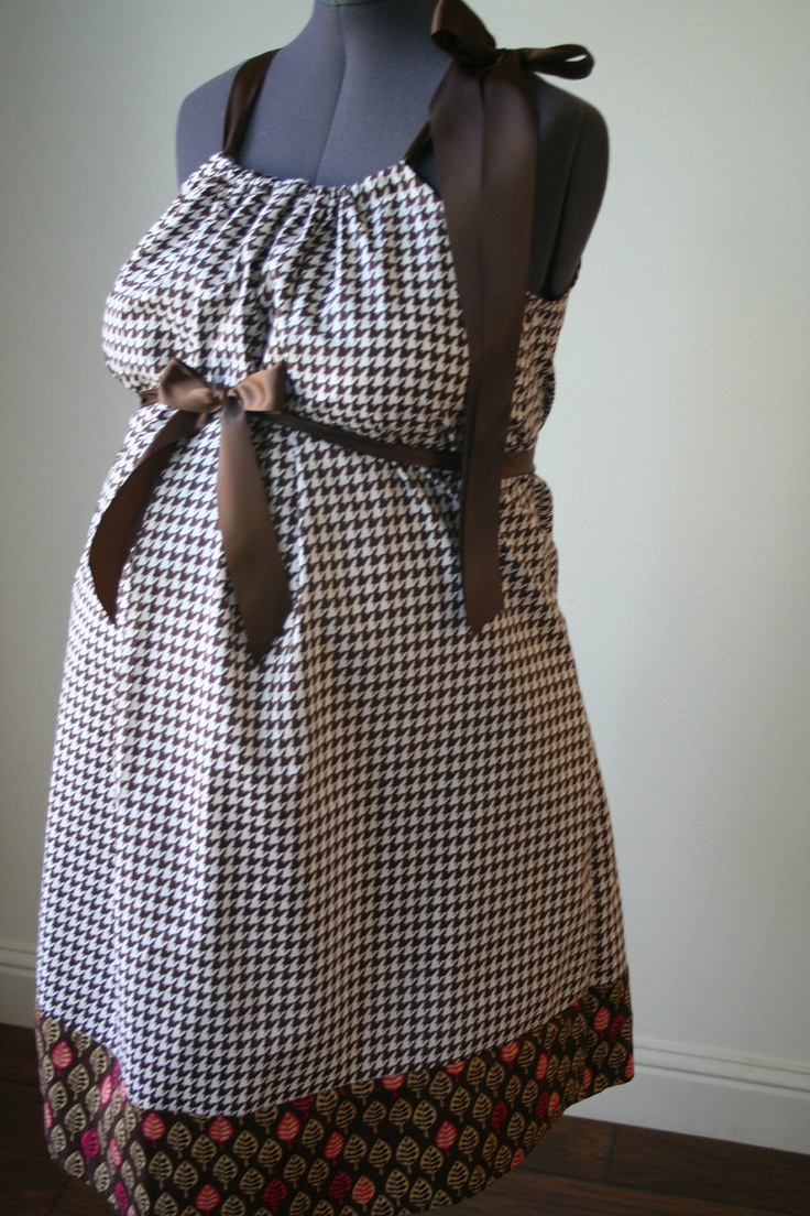Maternity Hospital Gown: Brown and White Houndstooth/ Leaf Trim