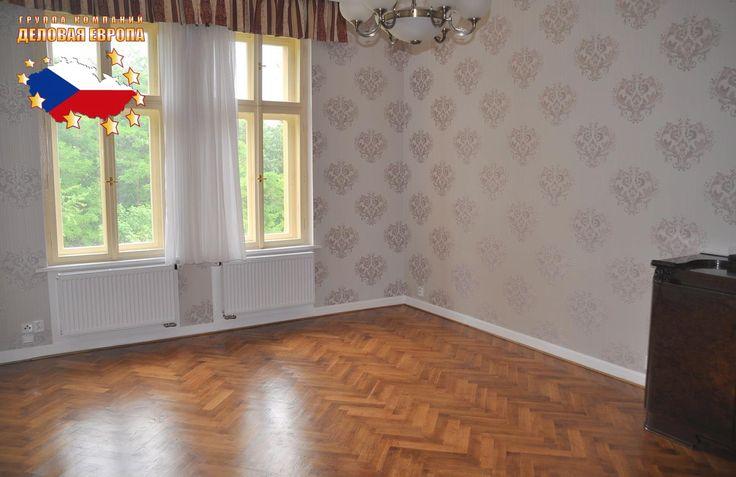 Недвижимость в Чехии: Продажа квартиры 2+КК, Прага 8 - Либень, 185 000 € http://portal-eu.ru/kvartiry/2-komn/2+kk/realty242 Предлагается на продажу квартира 2+КК площадью 88 кв.м в районе Прага 8 – Либень стоимостью 185 000 евро. Квартира находится на третьем этаже четырехэтажного реконструированного дома. В квартире также была произведена реконструкция в 2013 году – новая электропроводка, водопровод, ванная комната, туалет и полы с подогревом. В спальной комнате модернизированный паркет, в…