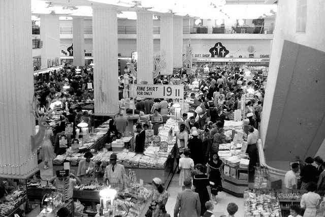 Last minute Xmas shoppers at OK Bazaars 1953