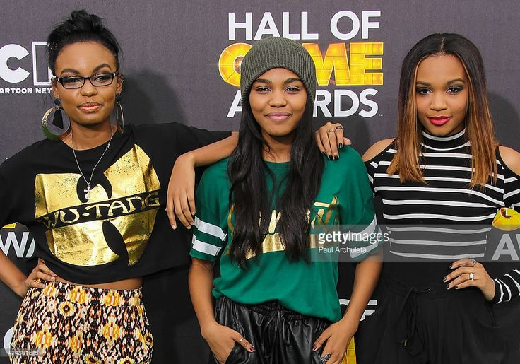 The McClain Siaters Sierra McClain, China Anne McClain and Lauryn McClain attend the Cartoon Network's Hall Of Game Awards at Barker Hangar on February 15, 2014 in Santa Monica, California.