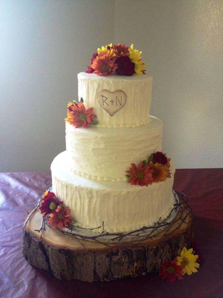 Rustic wedding cake made by Teresa Lynn Cakes LLC