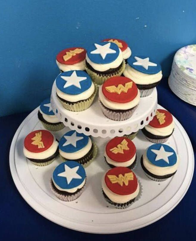 Wonder Woman Cupcake Toppers, Cupcakes, Wonder Woman, Cake Decorations, Cake Toppers, Wonder Woman birthday, Wonder Woman Party by ForGoodnessCakeCo on Etsy https://www.etsy.com/listing/570325948/wonder-woman-cupcake-toppers-cupcakes