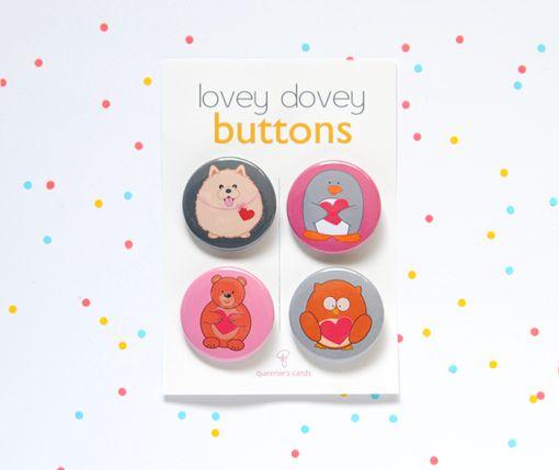 Lovey Dovey Button Set