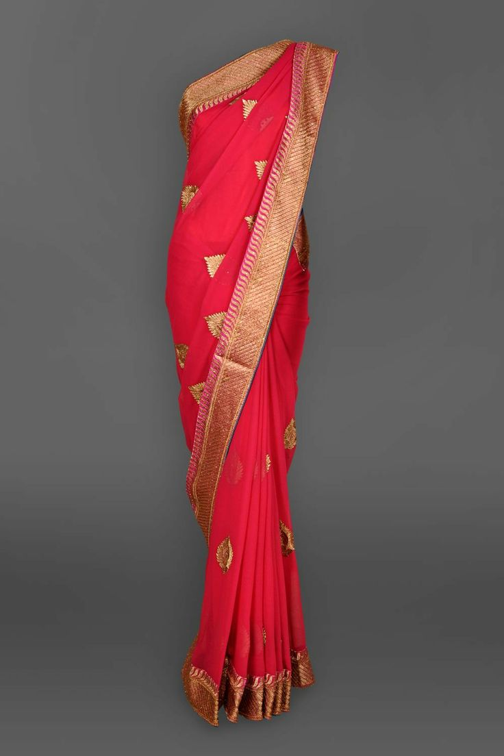 Featuring this beautiful Pink Georgette Sari in our wide range of Saris. Grab yourself one. Now!