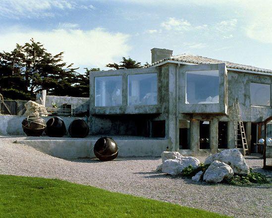 California Beach House by Ron Mann Design