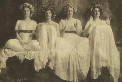 Ritual Vestalis, 1900s, Frank Eugene