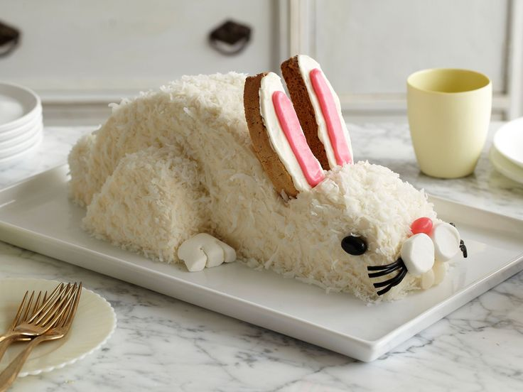 Celebrate Easter with this cute coconut-topped bunny cake. It's easy to make with our step-by-step guide.