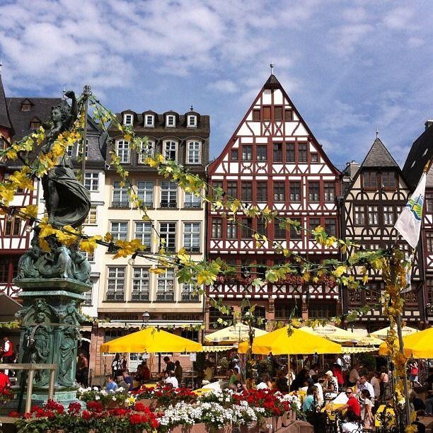 Willkommen In Germany Wochenmarkt Farmers Market In Frankfurt Am Main Hessen Central Germany Farmers Am Frankfurt In 2020 Frankfurt Am Main Germany Frankfurt