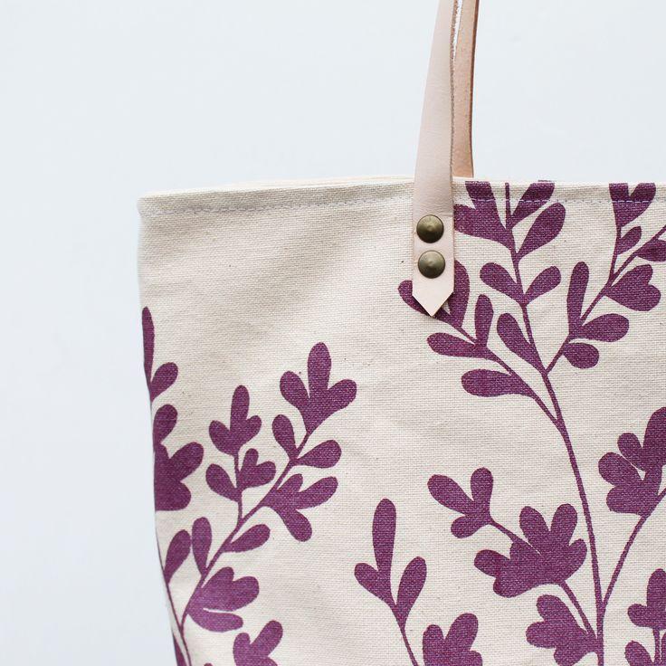 Organic cotton oak leaf tote bag by Twill & Print