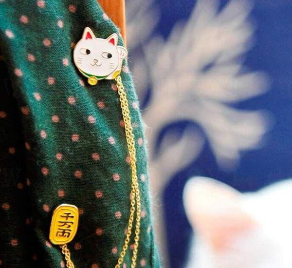 Женщины девочка аксессуары милый яйцо Cat луна кролик цепь брошь значок булавка воротник брошь ювелирные изделия подарок купить на AliExpress