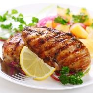 A weigh- less recipe for Tandoori chicken that is suitable for people on all steps of the program.