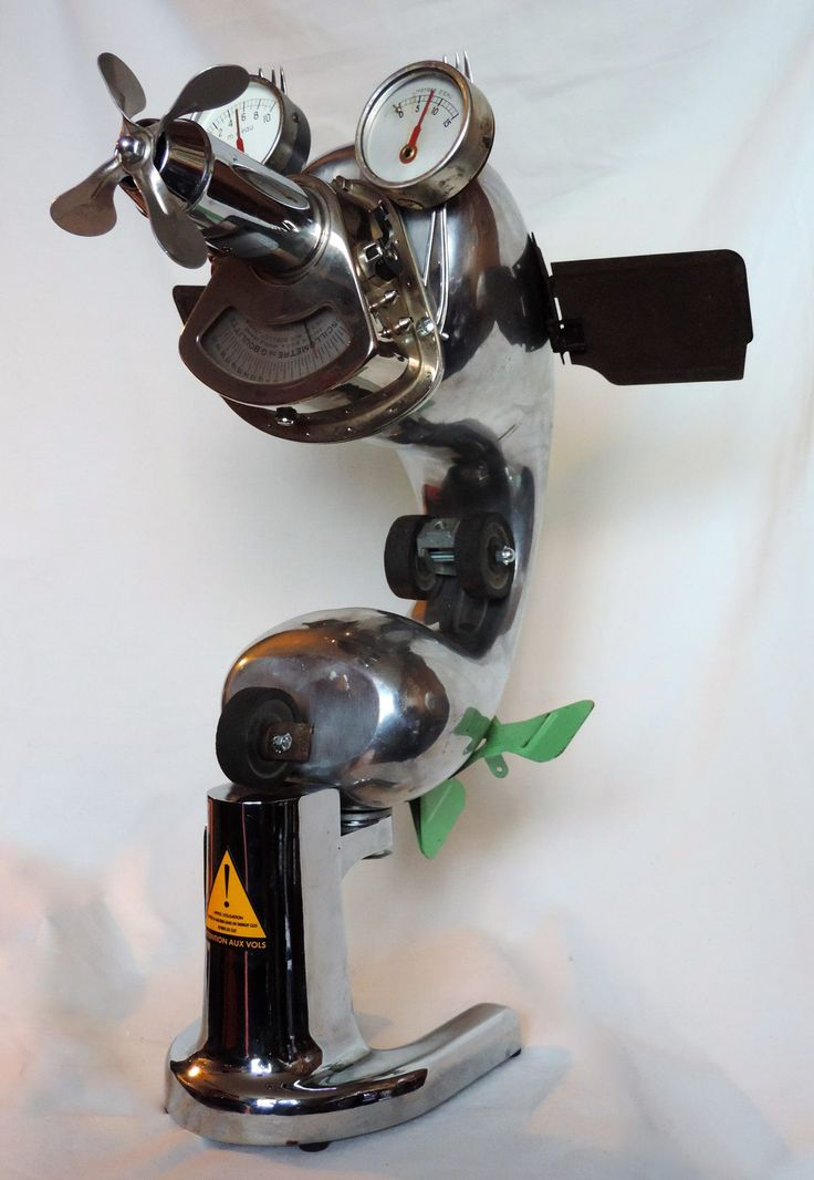 Airforce Zéro, sculpture métal recyclé. # avion # sculpture # métal recycled #