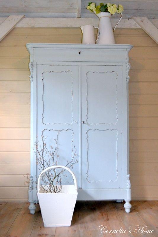 Blue Summer Cottage Prachtige kast!