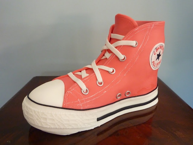 Amazing Converse shoe cake by J'Adore Cakes Co.: Food, Amazing Cakes, J Adore Cakes, Awesome Cakes, Converse Shoes, Creative Cakes, Party Ideas, Birthday Cakes