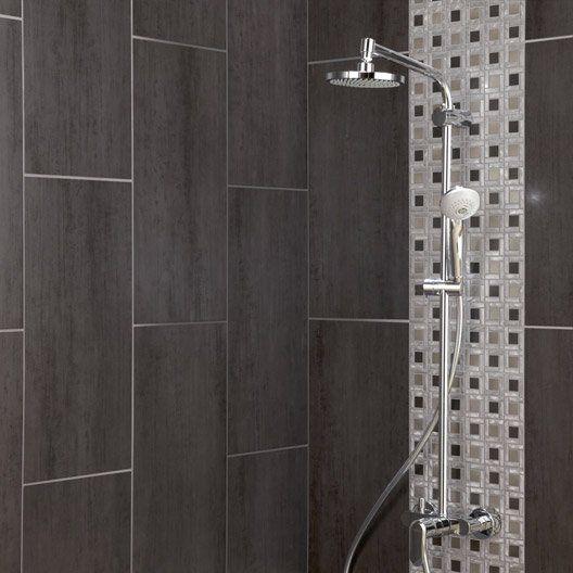 Les 25 meilleures id es de la cat gorie murs gris fonc for Idee salle de bain carrelage gris