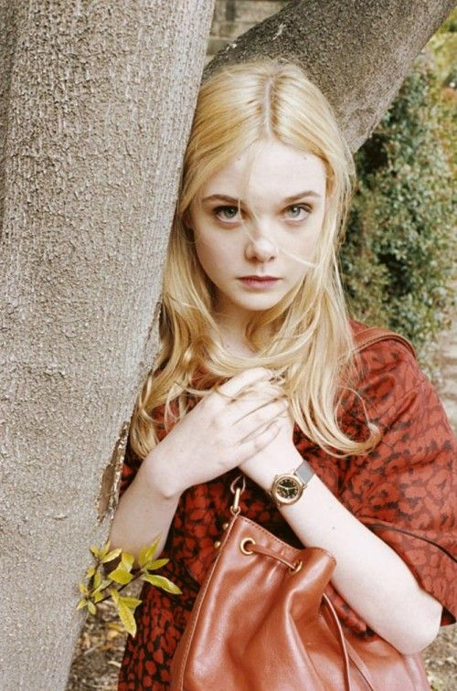 Elle Fanning for Marc by Marc Jacobs FW11  looking a bit older & more like Cate here
